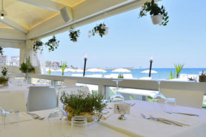 ristorante-con-terrazza-sul-mare